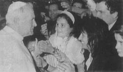 Juan Pablo II y Loli de Garabandal